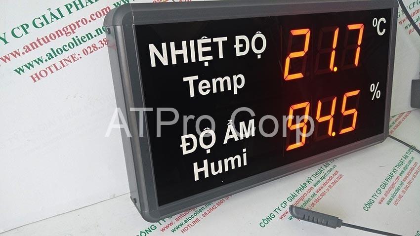 cạnh trái thiết bị đo nhiệt độ độ ẩm