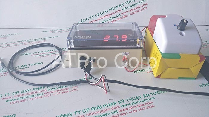 hình ảnh thiết bị giám sát nhiệt độ