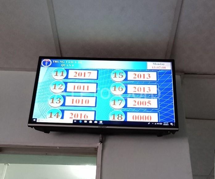 LCD hiển thị trung tâm