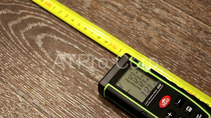 Thiết bị đo quãng đường hay thiết bị đo khoảng cách là hình thức thay thế cho thước dây hay thước cột thực hiện đo thủ công